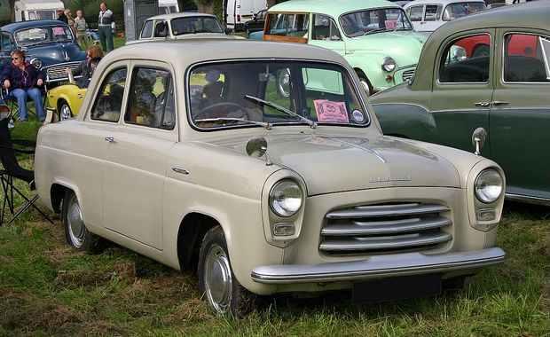 Ford Anglia 100E 1954
