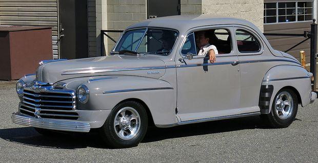 Monarch Sedan Coupe 1948 года