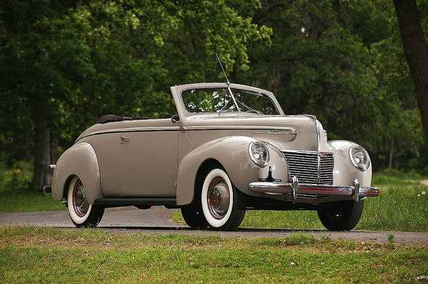 Автомобиль Mercury Convertible Coupe 1939 года