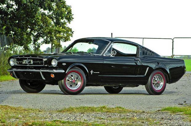 Первое поколение Ford Mustang фастбэк