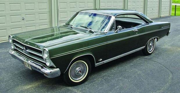 Двухдверный Ford Fairlane 500 1966 года