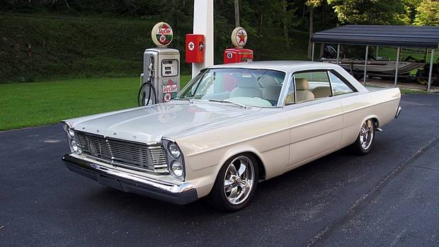 Ford Galaxie 500 1965 года