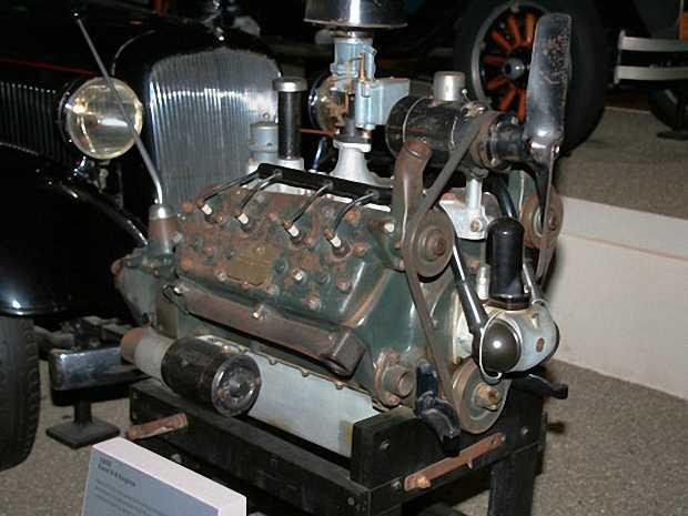 Оригинальный двигатель Ford V8 1932 года
