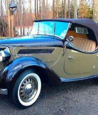 Восстановленный Ford Eifel Roadster 1937 года