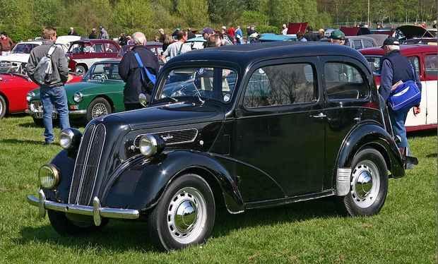 Ford Anglia E494A