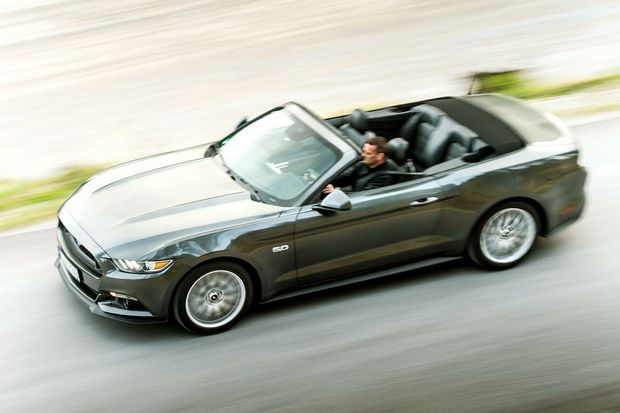 Ford Mustang Europe Cabrio 2015