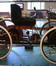 Квадрацикл Генри Форда в музее в г. Дирборне, штат Мичиган