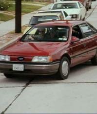 Марка Форд, модель Ford Taurus, 1990 года выпуска