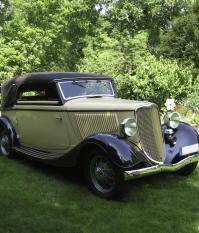 Ford Rheinland Cabriolet 1933 года, отреставрировал Лотар Беккер, Дрезден, Германия