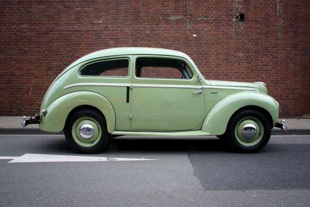 Реставрированный Ford Taunus 1939 года