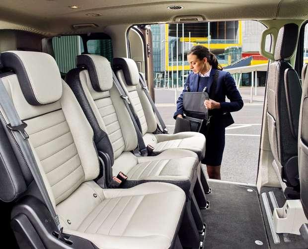 Новый Tourneo Custom рассчитан на 9 пассажиров