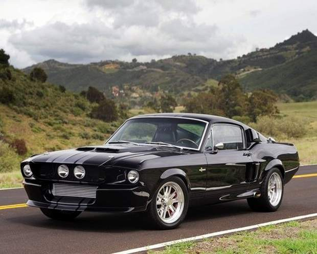 Красивейший Ford Mustang Shelby GT500 Eleanor 1967 года