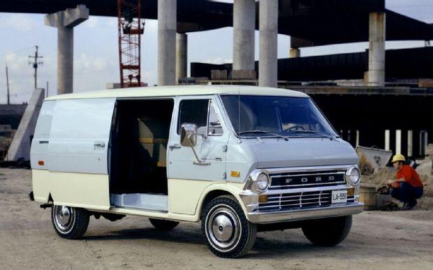 Второе поколение Ford Econoline 1974 г
