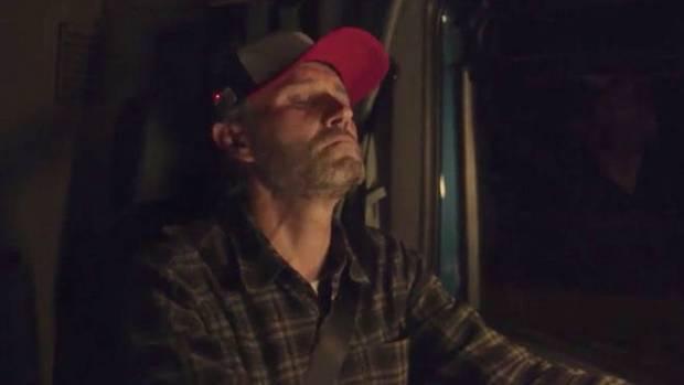 Водитель засыпает
