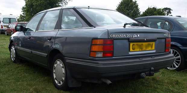Ford Granada 2.0i Ghia 1990 года для Британии