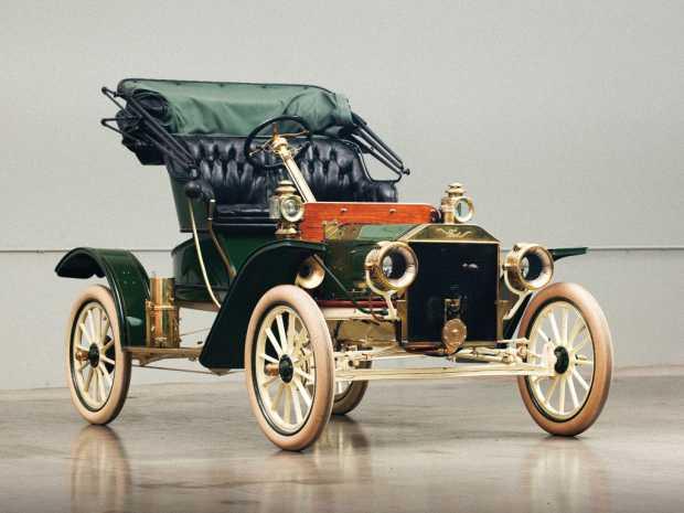 Автомобиль Ford Model R